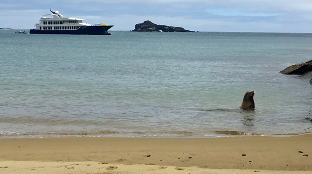 Origin cruise boat, Galapagos